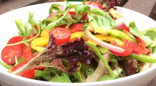 garden-salad-with-italian-dressing